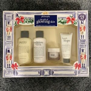 """Philosophy """"The Gift of Glowing Skin"""" gift set"""